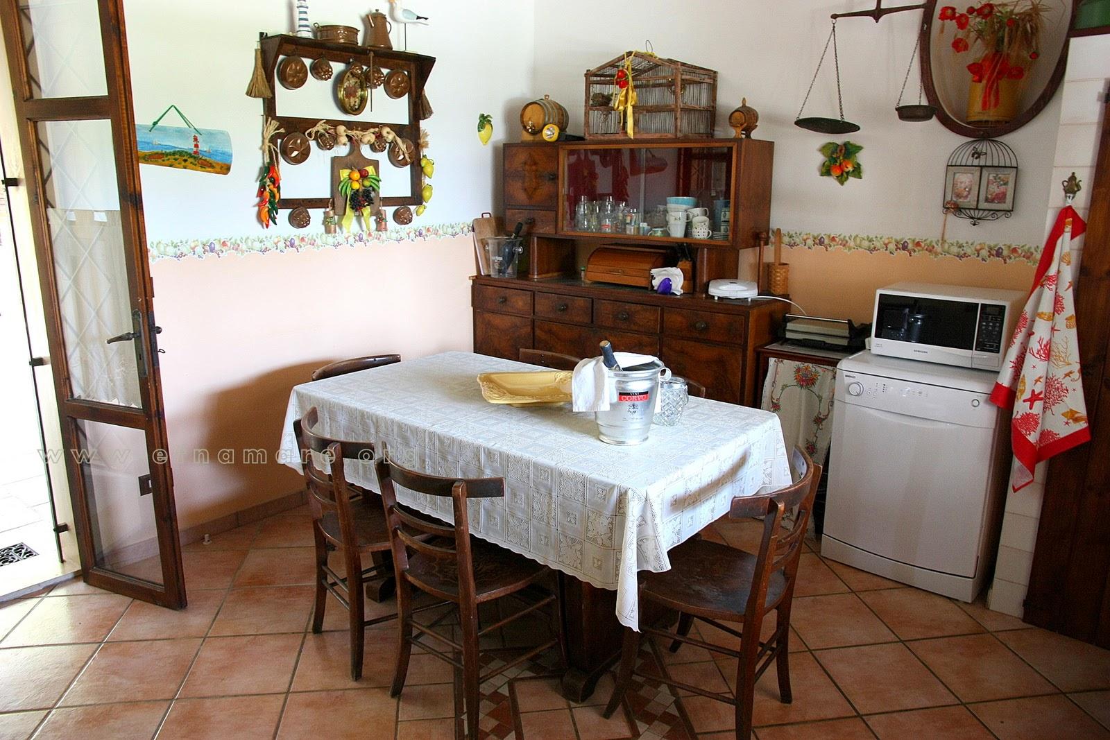 кухня апартамента 1 с посудомоечной машиной